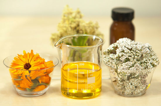 essential oils for hair growth and thickness