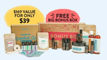 Simply Earth Essential Oil Recipe Box for August 2021
